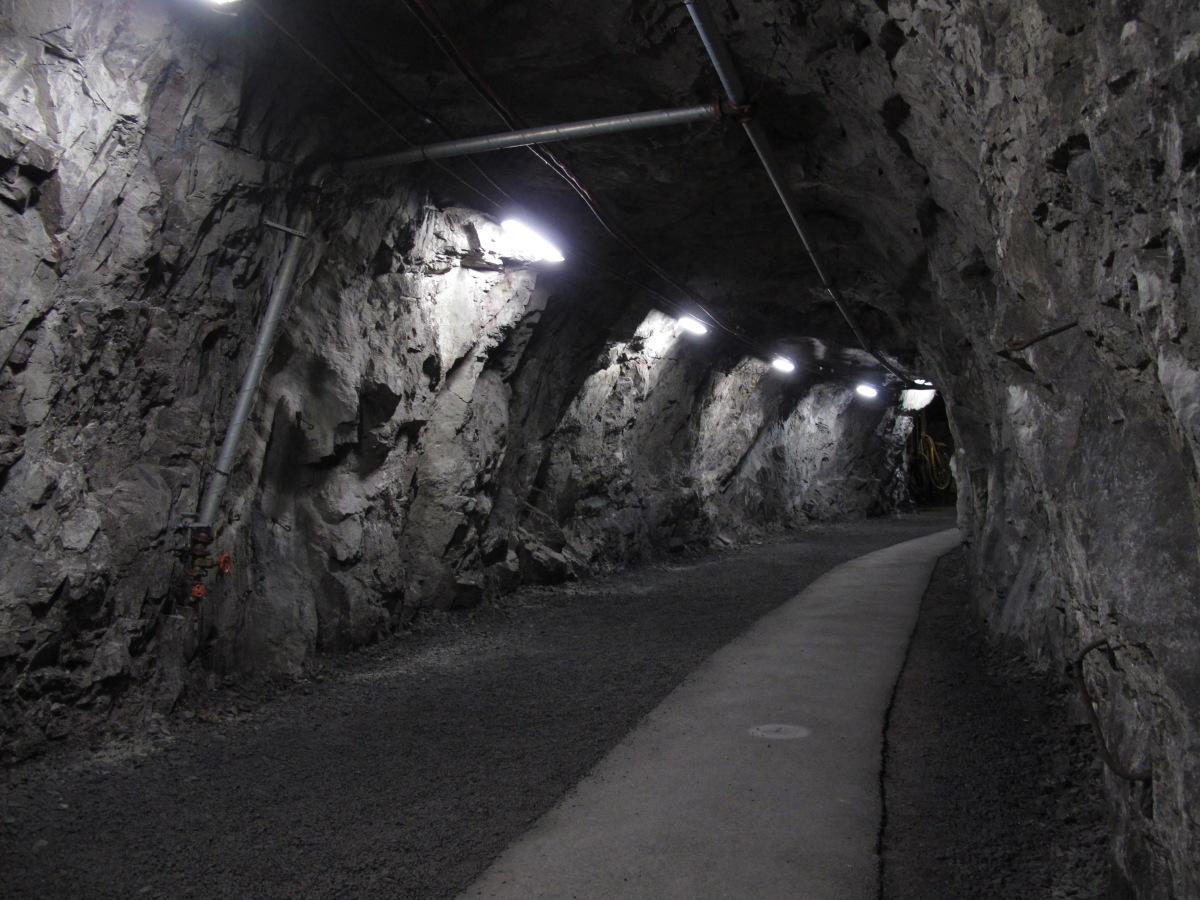 尋找北極光之旅 – 深入礦洞篇