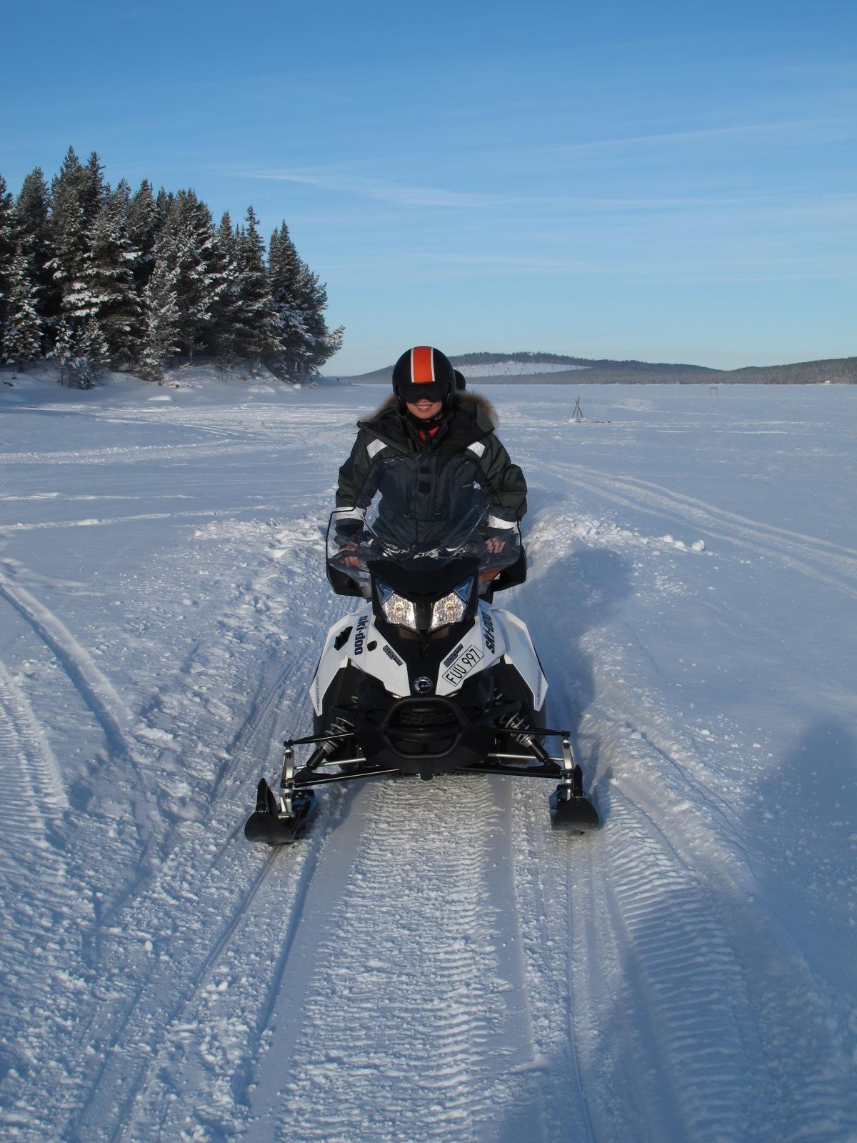尋找北極光之旅 – 雪地飛馳