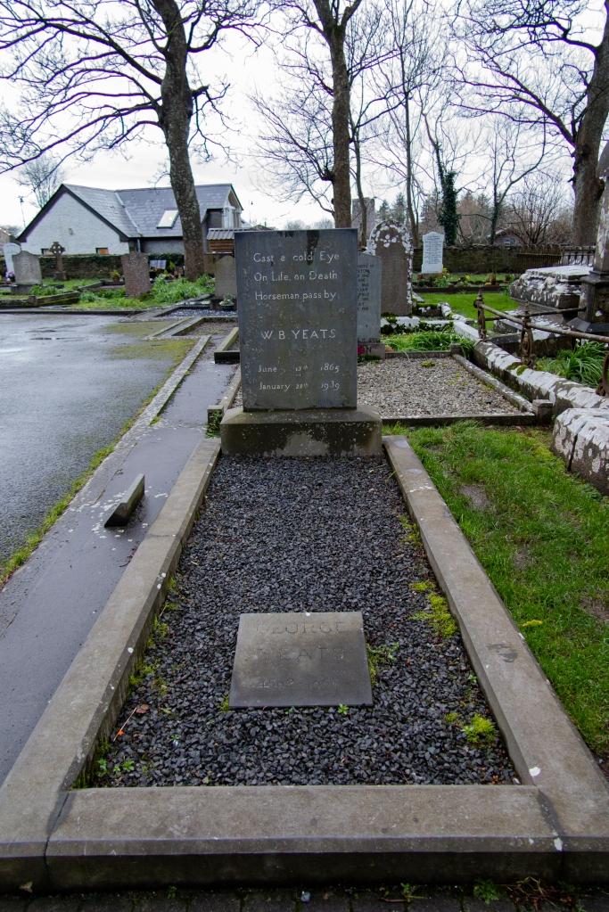 Yeast 墓地
