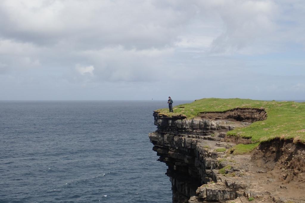 Mayo的海邊的山涯,被大西洋侵蝕成壯觀的地形。
