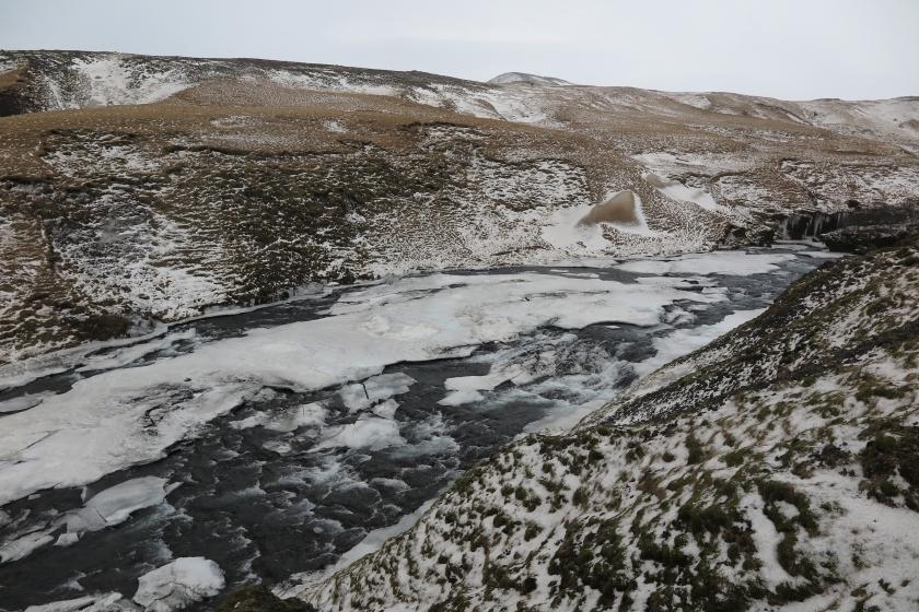 Skógafoss 瀑布上游