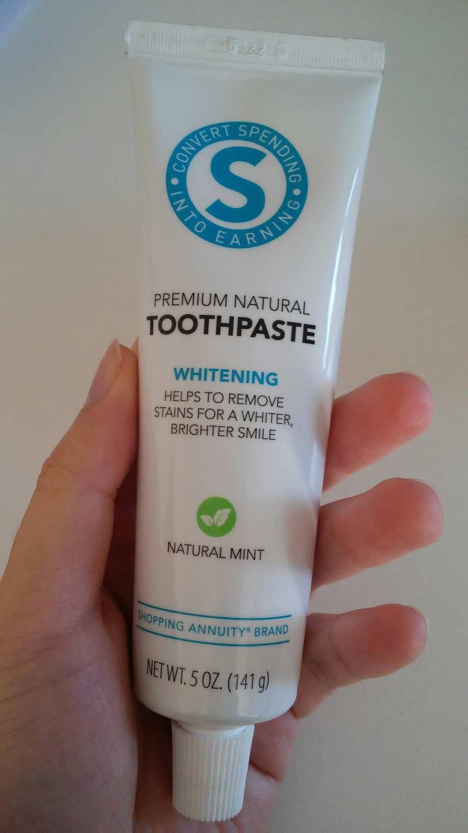 清新亮白牙膏